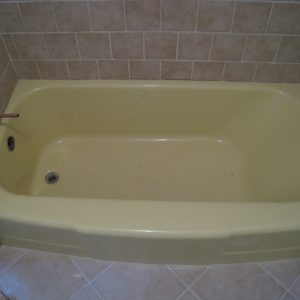 before bathtub refinishing