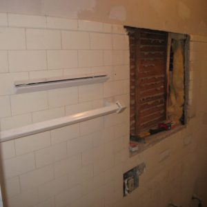bathtub-restoration-chicago-reglazing-bathroom-tile-chicago