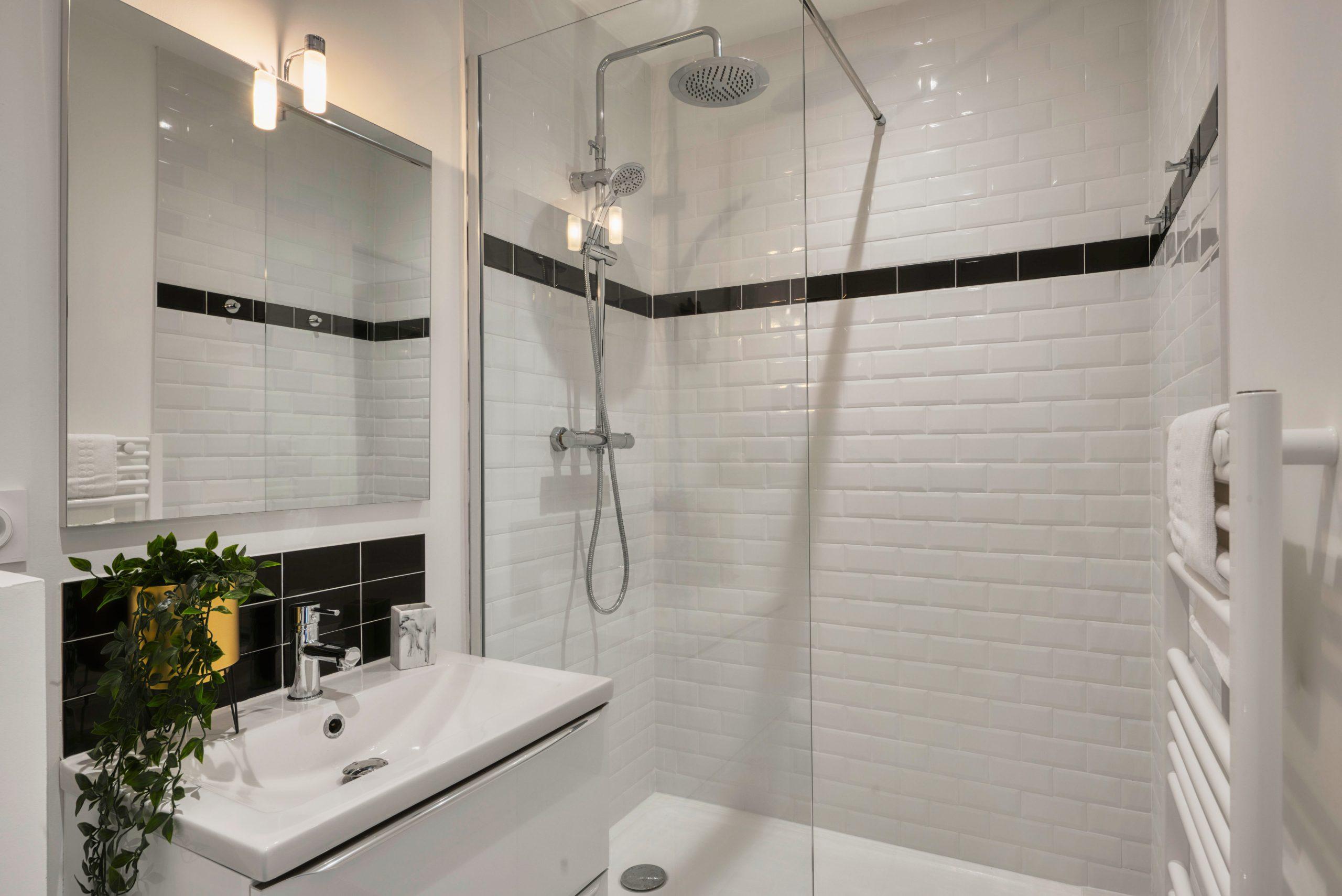 Tile Refinishing Chicago Il, Reglaze Bathroom Tile
